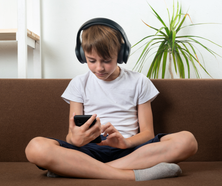 End the Endless Screen Time Battles Using this Positive Parenting Strategy